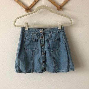 Brandy Melville button denim skirt